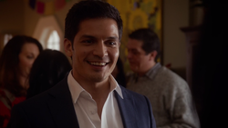 Nicholas Gonzalez as Dante Ramon