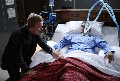 ...he is killed by Arthur Petrelli,when he sucks the energy out from him.