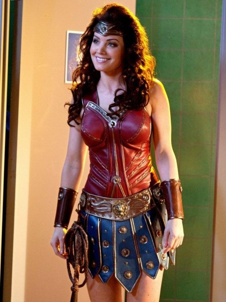 I'd like Wonder Woman to look like a Greek Warrior. She shouldn't look modern because she should be a fish out of water. And the Greek look adds nobility and strength to her appearance.