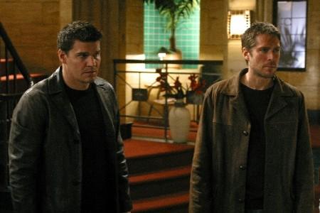 Wesley and Angel in Season 4