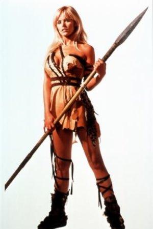 Gena Lee Nolin as Sheena