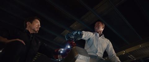 Iron Man and War Machine attempting to lift Mjolnir