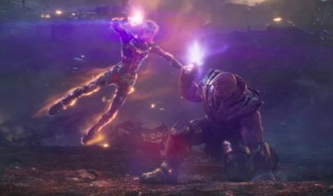 Carol battles Thanos