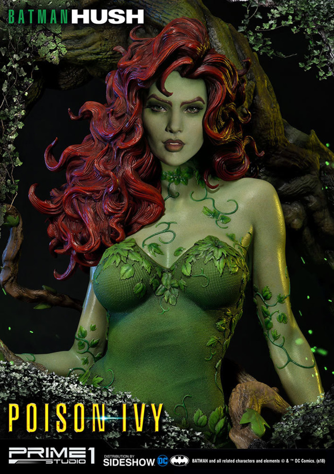 another statue of Pamela from Sideshow Collectible