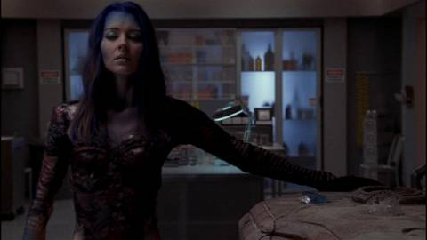 Illyria gaining her costume