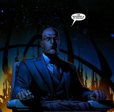 Professor X reveals the truth about the Beyonder's origin.