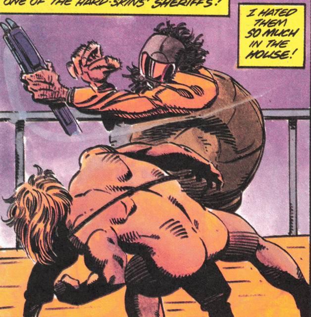 Aric fights a Spider-Alien