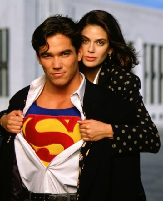 Dean Cain as Superman and Terri Hatcher as Lois Lane