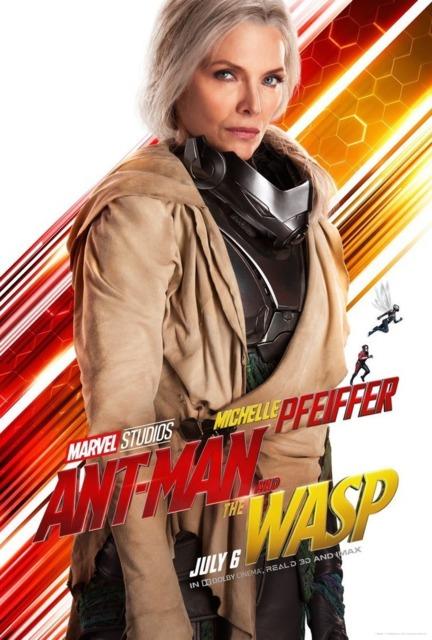Michelle Pfeiffer as Jan
