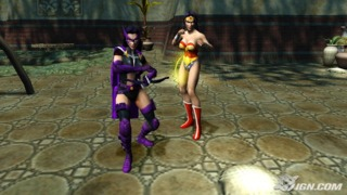 Huntress and Wonder Woman in Justice League: Heroes