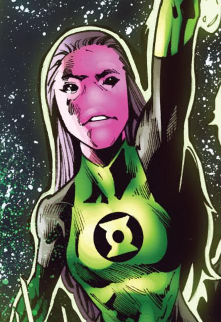 Droxelle has taken rookie lantern Horoq Nnot under her wing