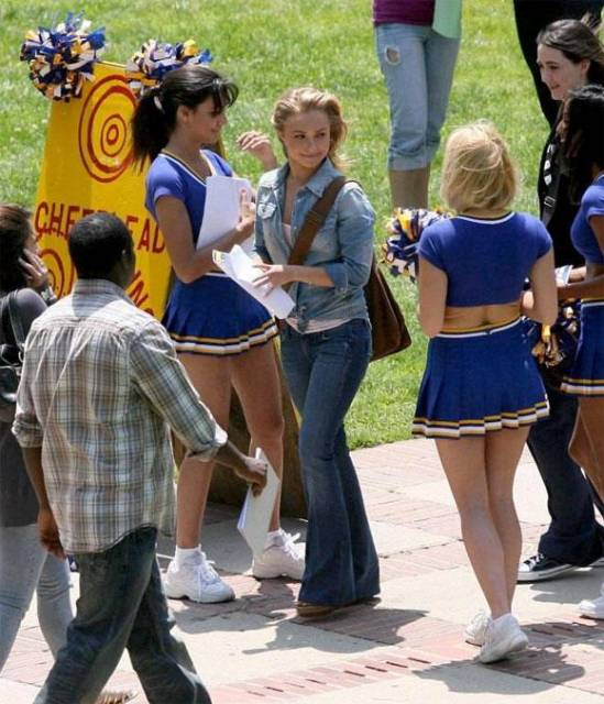 Cheerleaders at collage