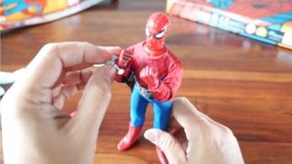 Hands On: Diamond Select Legendary Marvel Super-Heroes Spider-Man Collector Set