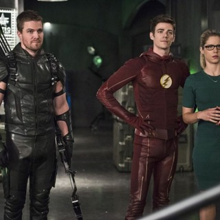"""The Flash Episode 208 - """"Legends of Today"""" Review"""