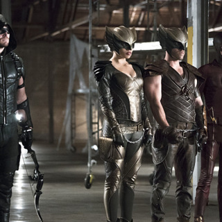 """Arrow Episode 408 - """"Legends of Yesterday"""" Review"""