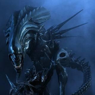 Alien queen and offspring